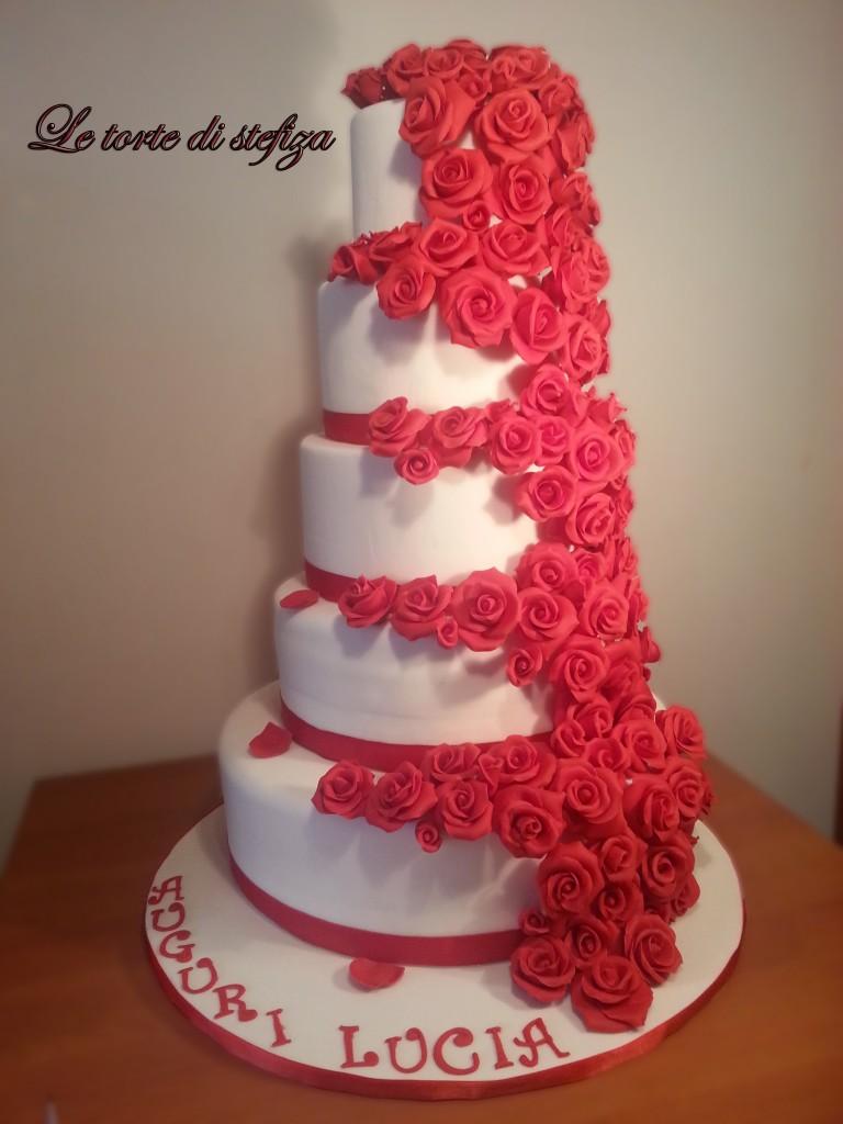 Torta cento rose in pasta di zucchero for Design a 2 piani