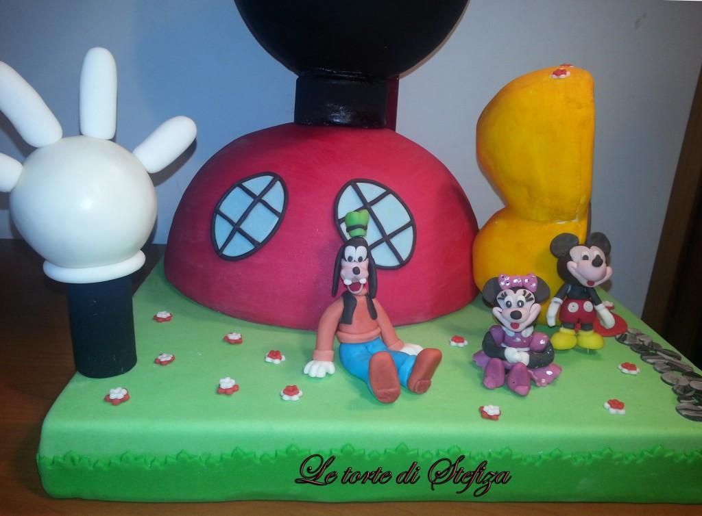 La casa di topolino torte decorate in pasta zucchero