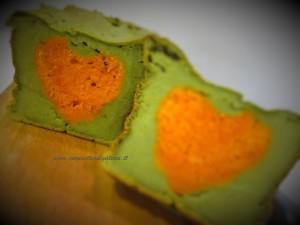 Plumcake salato ai broccoli con cuore al pomodoro