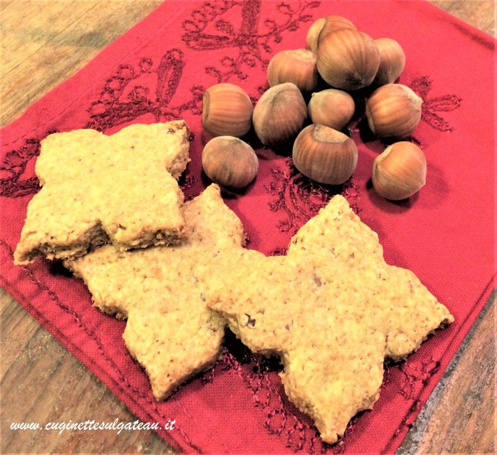 biscotti-integrali-con-nocciole-e-zucchero-di-canna