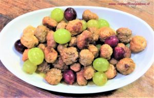 Biglie di tacchino, salsiccia e uva