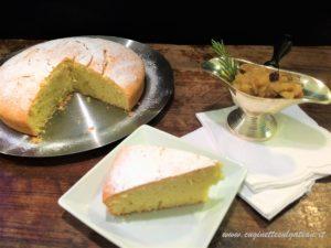 Torta 3.2.1 allo zafferano con composta di pere, uvetta e rosmarino