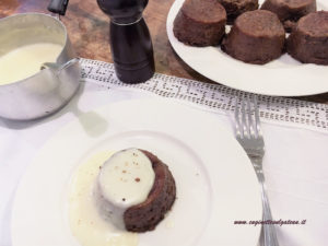 Sformatini di radicchio con salsa al taleggio