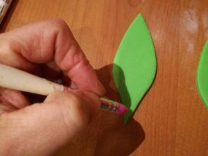 tutorial palma in pasta di zucchero - Foglie palma