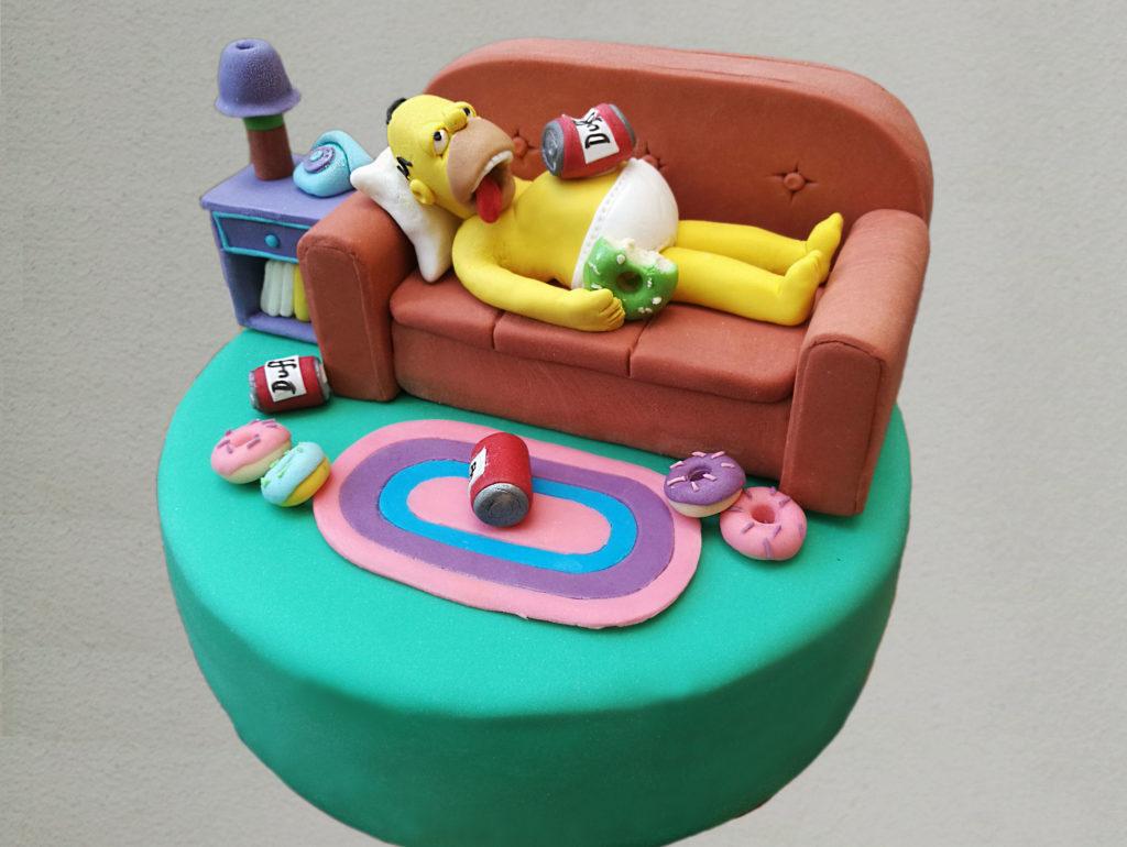 Torta Homer Simpson sul divano